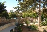 almond-holiday-village-garden