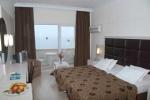 oscars-hotel-room
