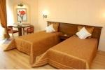 pia-bella-hotel-room