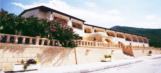 bellapais-monastery-village