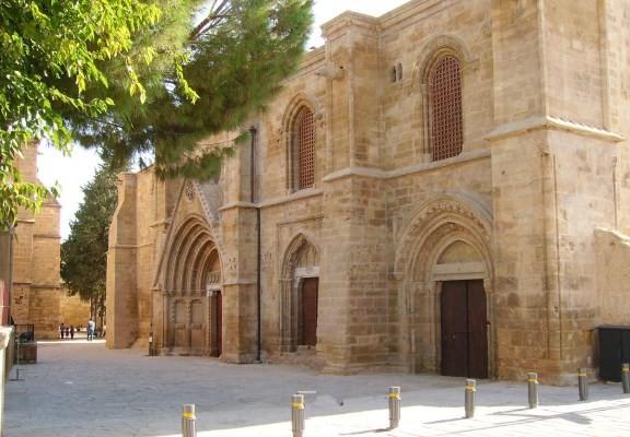 Bedestan-Nicosia-1